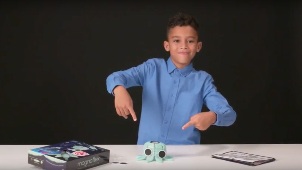 Glow-in-the-Dark Set - How to Build a Rocket, Alien, and More!